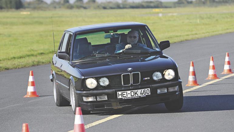 BMW M5 - moc z obrotów