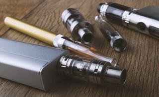 Forum Akcyzowe. Witkowski: Główna istota spotkań 2 grupy kumuluje się wokół zmian definicji płynów do e-papierosów