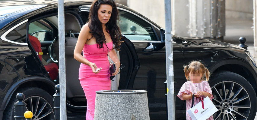 Sylwia Bomba zabrała córkę na ekskluzywne zakupy. Antonina to mała modnisia