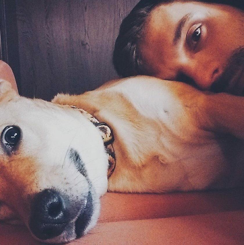 Sebastian Cybulski z psem