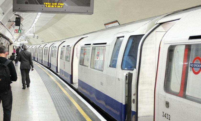 Niebezpieczne zdarzenie na stacji metra