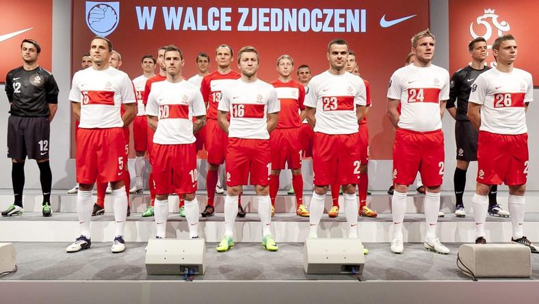 W takich strojach polscy piłkarze zagrają na Euro 2012