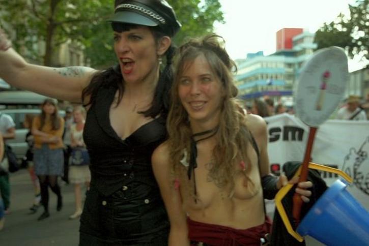 szokujące filmy xxx gej orgia gołe plecy