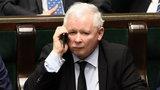 Prezes Kaczyński zaczyna używać Facebooka!