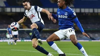 Alex Iwobi didn't do much as Everton and Tottenham draw 2-2