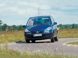 Peugeot 807 V6 ST Pullman – luksus dla wybrednych kierowców (z Archiwum Auto Świata)