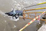 Auto sleteo u reku