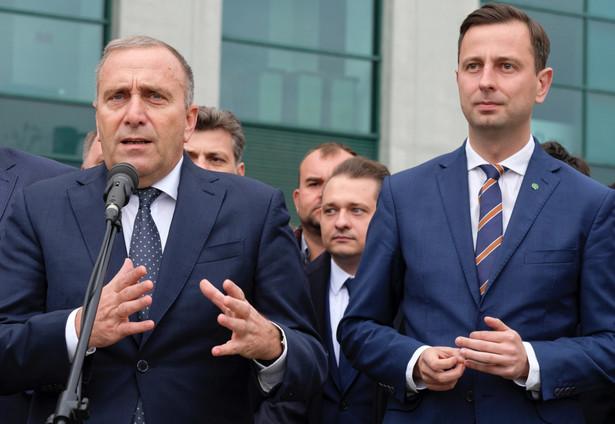 """Lider PSL Władysław Kosiniak-Kamysz, pytany, co musiałoby się stać, aby PSL chciało rozmawiać o koalicjach w samorządach także z PiS, ocenił, że Prawo i Sprawiedliwość musiałoby """"stać się partią samorządową""""."""
