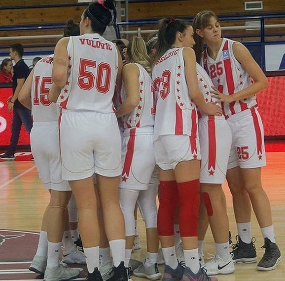 Košarkašice Crvene zvezde su prvi deo takmičenja u prvenstvu Srbije okončale bez poraza