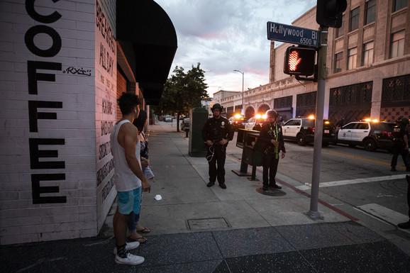 Neredi u Los Anđelesu