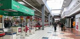 W niedzielę zamknięte centra handlowe. PiS idzie na wojnę. Kontrole o każdej porze dnia i nocy