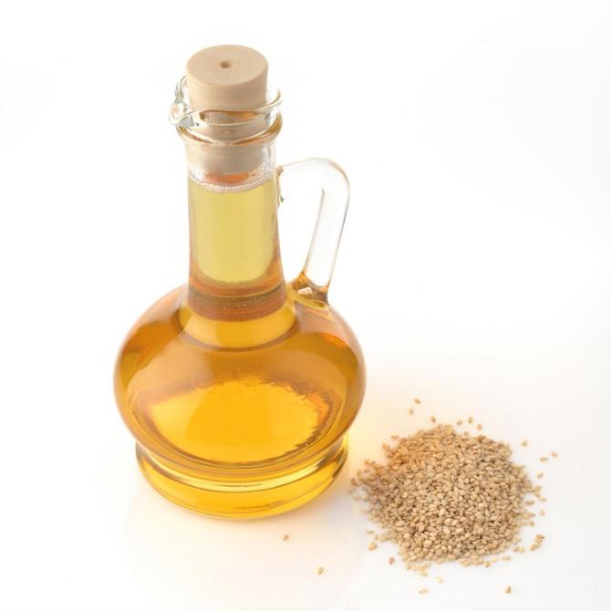 Četvrt litre ulja dovoljno je za oko dve nedelje masaže