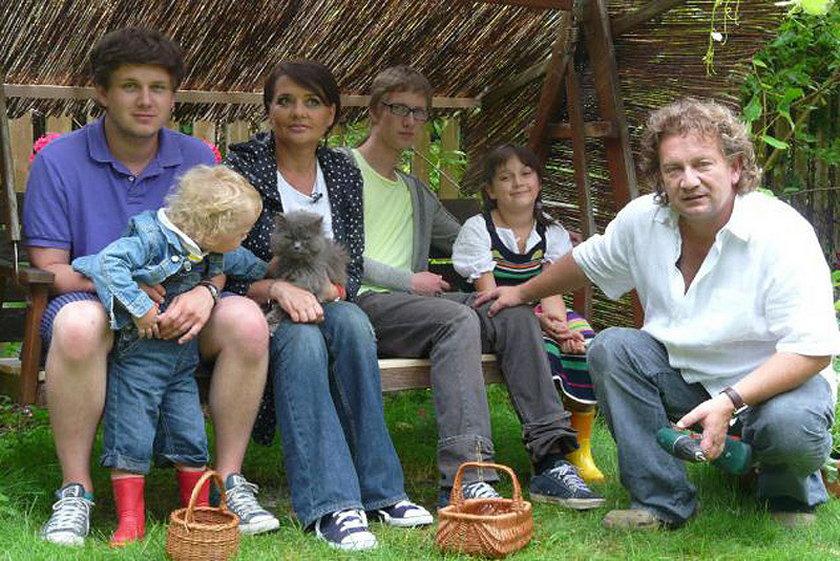 Paweł Królikowski z rodziną