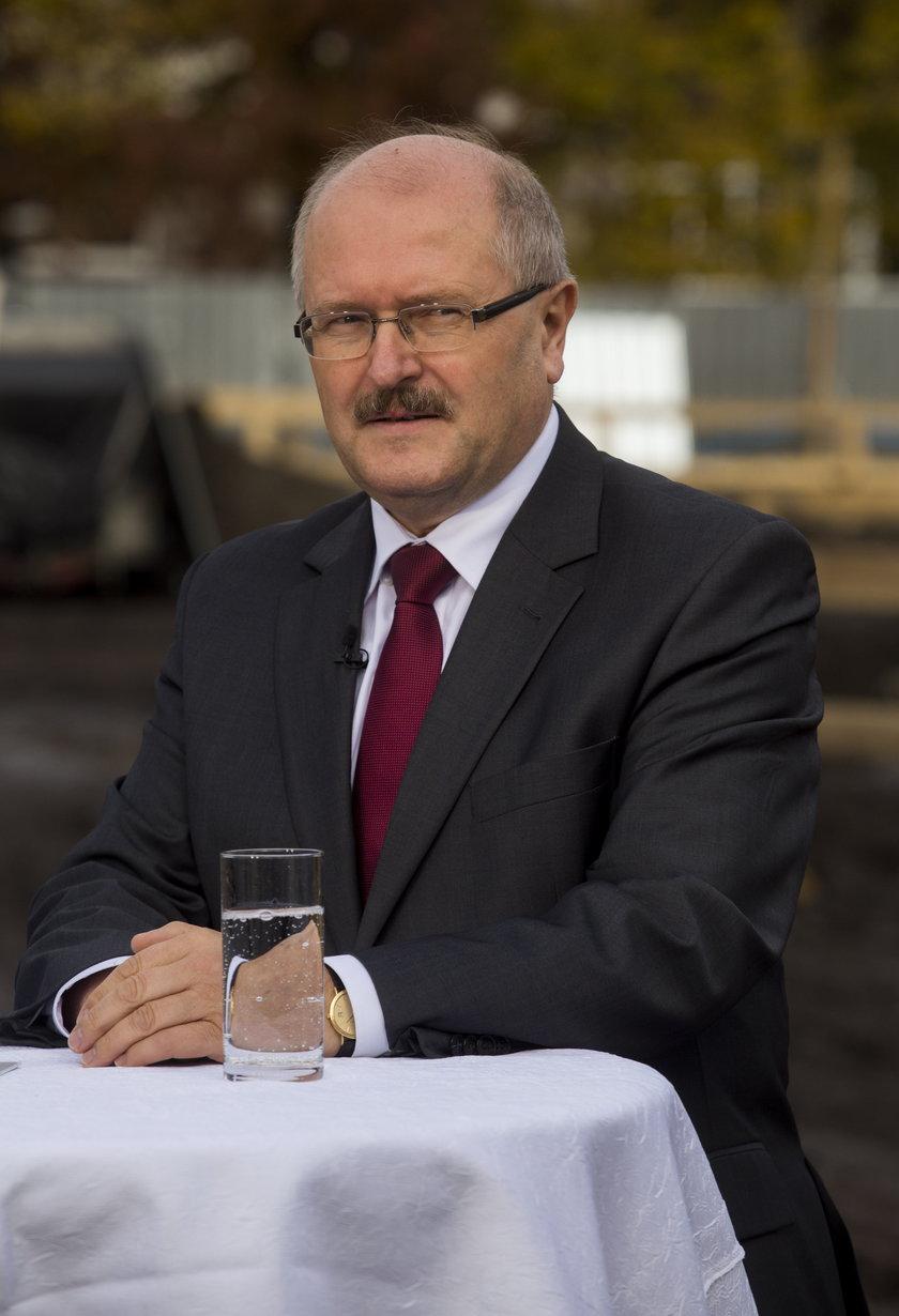 Związkowcy chcą, by urzędnicy w Katowicach zarabiali więcej