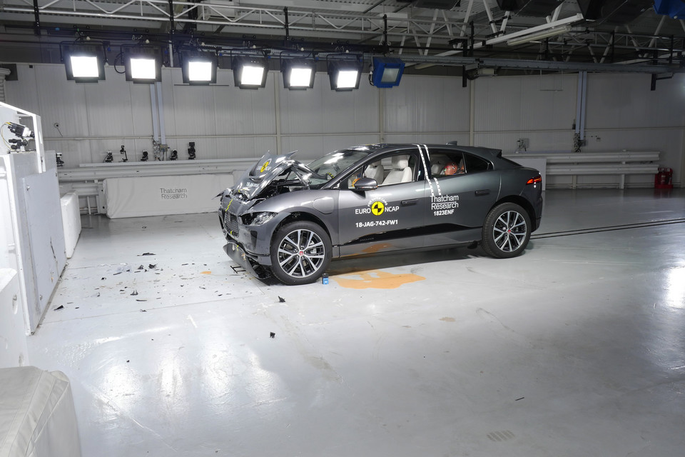Crash-test Jaguara I-Pace
