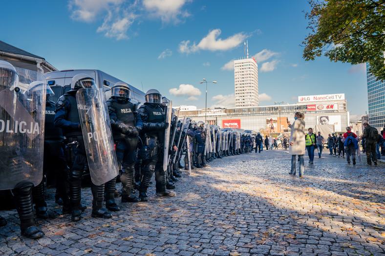 Protest w centrum Warszawy (fot. Justyna Karpińska)