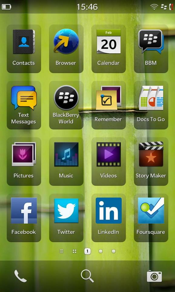 Ekran sa aplikacijama. Više liči