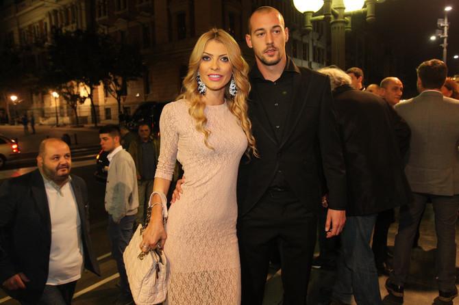 Milan Borjan i Sneežana uživaju u ljubavi
