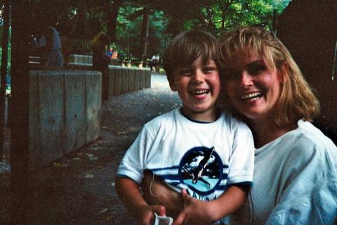 Evo šta kaže majka momka koji tvrdi da je sin Miroslava Ilića! (FOTO)