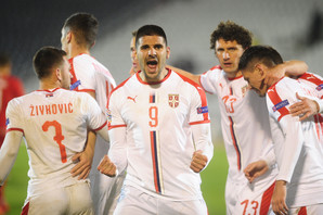 """""""SRBI BAR IMAJU DVE ŠANSE DA ODU NA EVRO"""" Hrvatski mediji ne mogu da prežale ispadanje """"vatrenih"""" u B diviziju Lige nacija"""