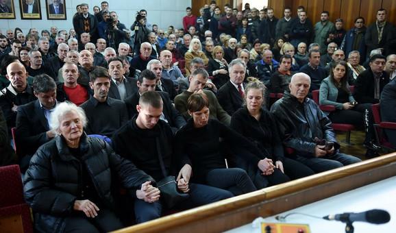 Neutešna porodica Dejana Brđovića