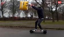 Za ludu vožnju potrebni su vam skejtbord, KESE I VETAR - Zabava je zagarantovana (VIDEO)