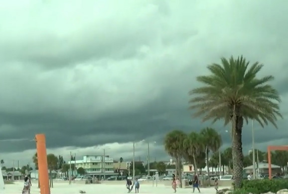 Oluja je krenula u nedelju rano popodne