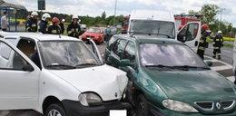 Zderzyły się trzy auta. Jedna osoba została ranna