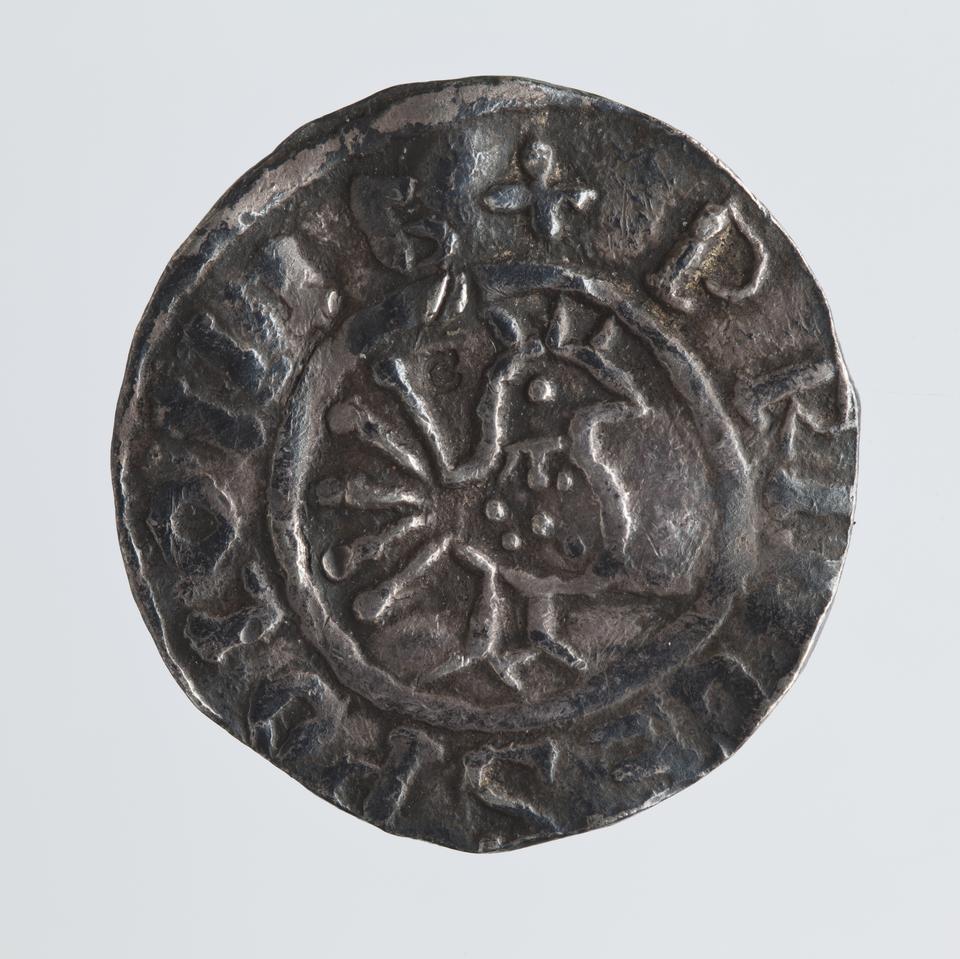 Srebrny denar Bolesława Chrobrego, awers, lata 1000-1010, fot. MNK