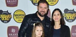 12-letnia córka Karolaka i Kołakowskiej dostała pracę
