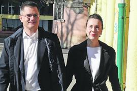 """ŽENA NAŠEG POLITIČARA i voditeljka imala tri spontana pobačaja: """"MISLILA SAM DA NEĆU IMATI SNAGE"""""""