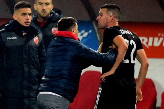 """KAD EMOCIJE EKSPLODIRAJU! Milojević sprečio tuču, Marakana gorela, Zvezda od šoka do slavlja - kakav """"ispraćaj fudbalske jeseni""""!"""