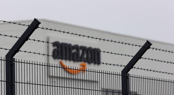 Sprzedaż Amazona w ubiegłym roku wzrosła do 44 mld euro, z 32 mld w 2019 r.