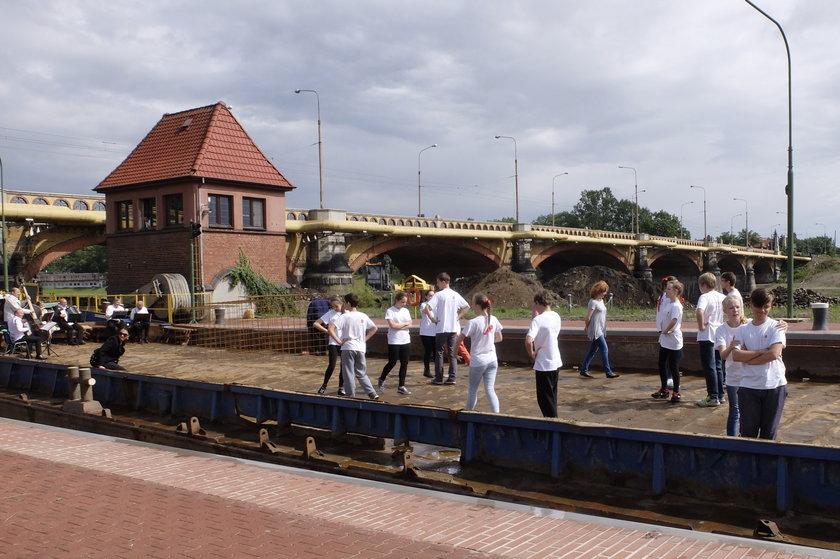 Akcja Mosty 2015