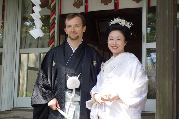 Emil Truszkowski z żoną Aiko