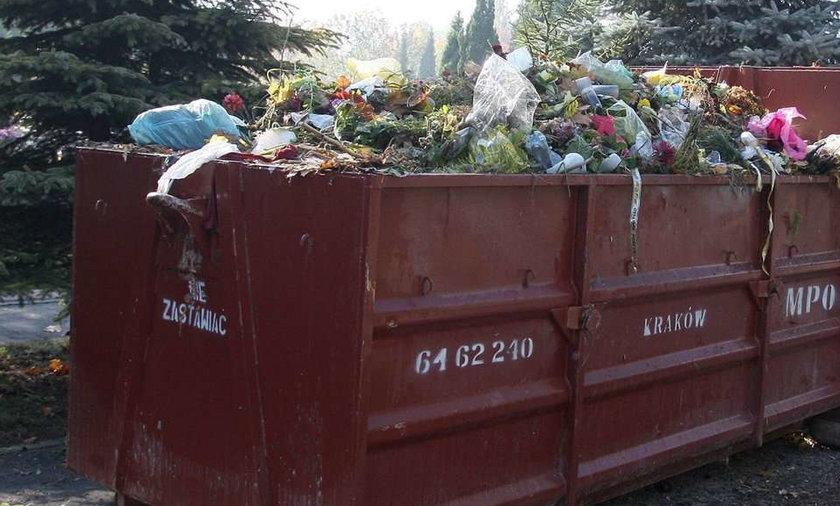 Groza! Zakrwawione zwłoki w kontenerze na śmieci!