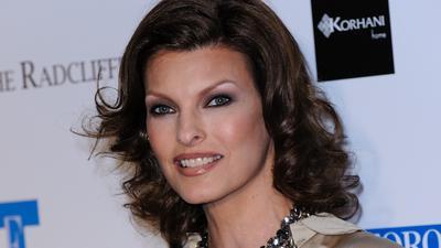 Supermodelka Linda Evangelista oszpecona po zabiegu estetycznym