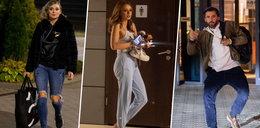 """Gwiazdy """"Tańca z gwiazdami"""" w szampańskich nastrojach opuszczają studio. Oliwia Bieniuk znowu skończyła bez butów [ZDJĘCIA]"""