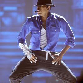 Wzruszający występ Chrisa Browna na cześć Jacksona