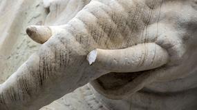 Wandale uszkodzili słynną rzeźbę słonia koło rzymskiego Panteonu