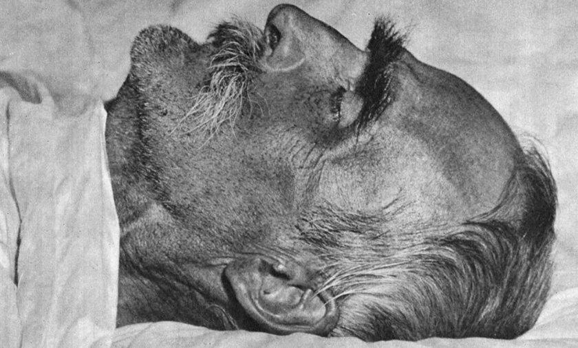 Fotografia pośmiertna Józefa Piłsudskiego