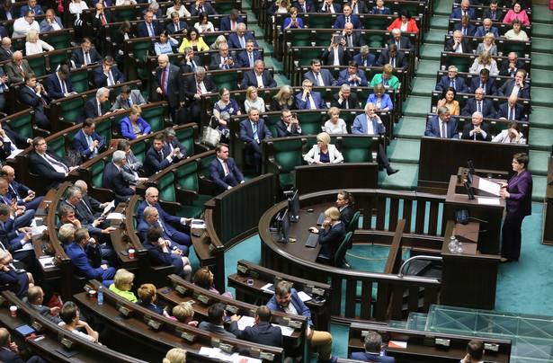 W środę w Sejmie odbyło się czytanie sprawozdania Komisji Nadzwyczajnej do spraw zmian w kodyfikacjach o rządowym projekcie noweli. Projekt zmian poparły wszystkie kluby.