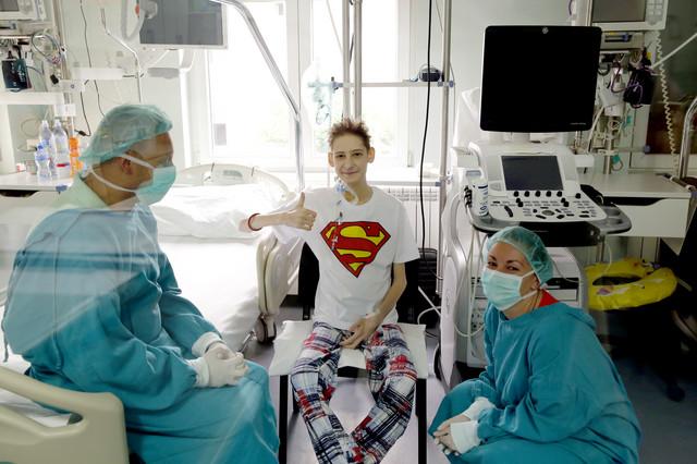 Prvi tinejdžer u Srbiji kome je transplantirano srce
