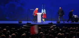 Atak na wiecu Marine Le Pen! Lewicowa działaczka powalona na ziemię