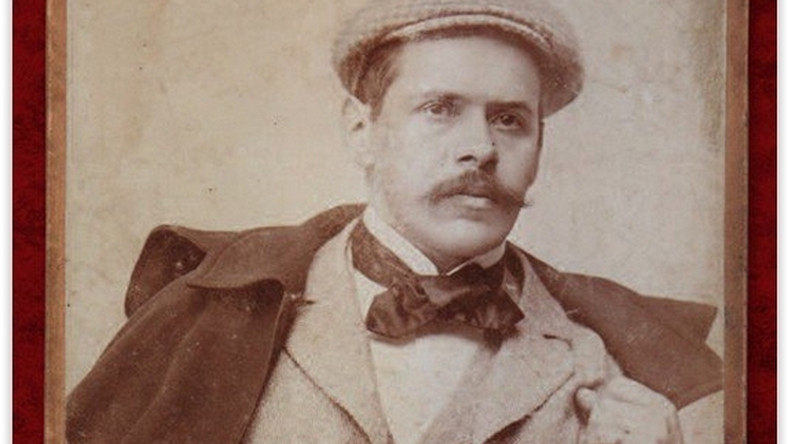 Kazimierz Przerwa-Tetmajer z miłosnych podbojów zasłynął już podczas studiów na Uniwersytecie Jagiellońskim. Zakochiwał się błyskawicznie, ale równie szybko tracił zainteresowanie kolejnymi kochankami
