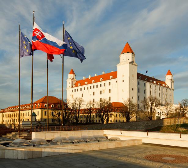 OLaNO Matovicza zdecydowanie wygrało sobotnie wybory parlamentarne uzyskując 25 proc. głosów. Dominująca od lat na słowackiej scenie politycznej partia Kierunek-Socjaldemokracja (Smer-SD) przechodzi do opozycji