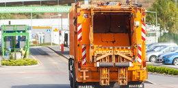 Podwyżki opłat za śmieci. Zbadali czemu drożeją w całej Polsce