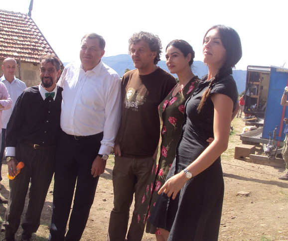 Milorad Dodik sa ekipom filma