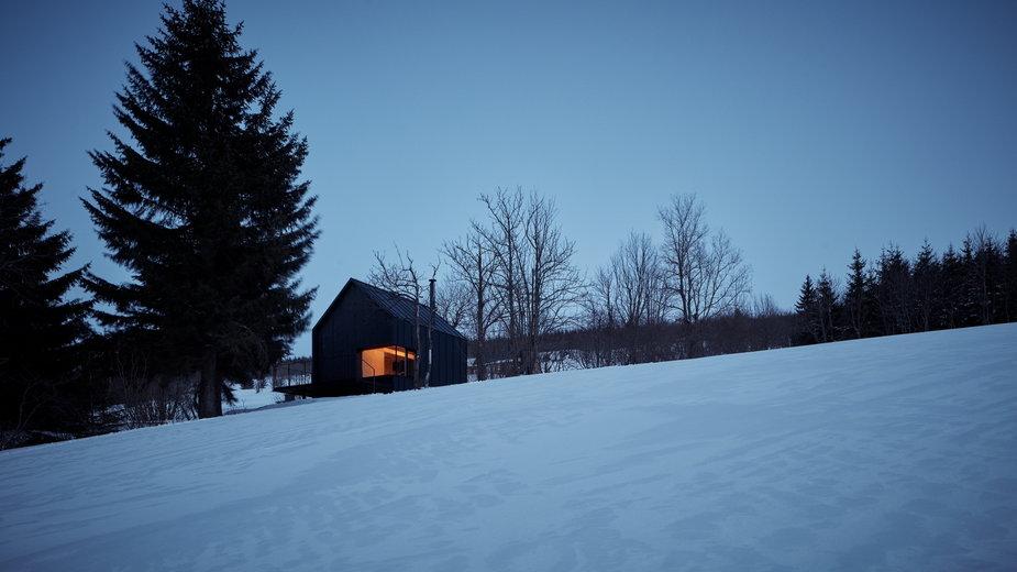 Drewniana chatka u stóp Śnieżki. Idealna na weekend w górach