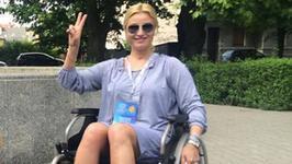 Joanna Brodzik na wózku inwalidzkim. Zdjęcie poruszyło fanów